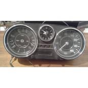 Mercedes w114 /8 strumentazione
